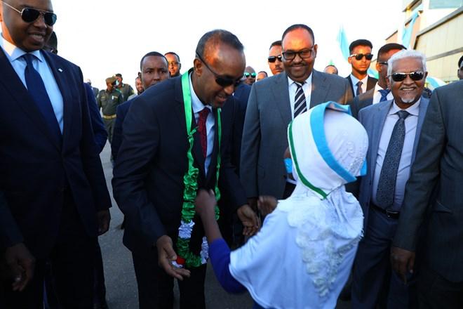 ترحيب برئيس الوزراء الصومالي في غروي