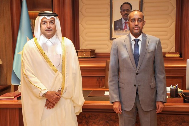 PM Rooble meets with Qatar special envoy in Mogadishu
